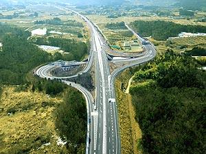 常磐自動車道が全線開通